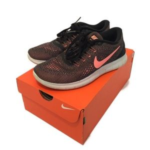 Women's Nike Flyknits
